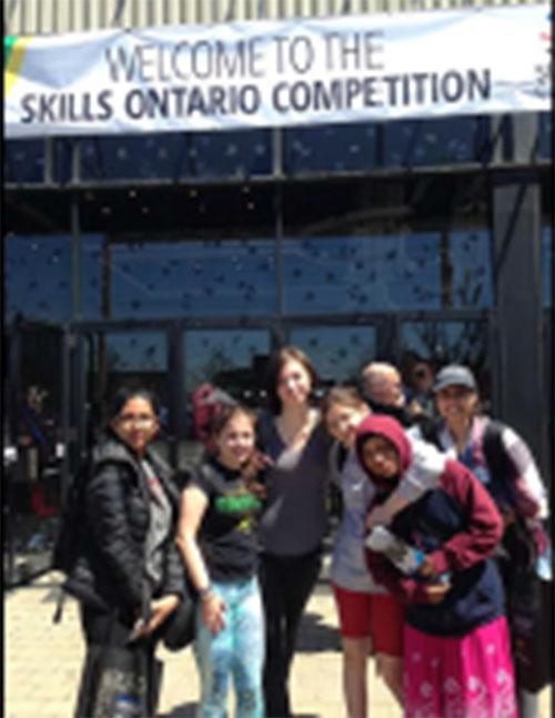 Élèves participant au concours Compétences Ontario